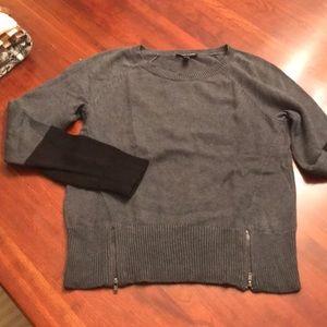 Gray and black color block zip hem sweater